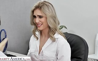 Naughty America - Kelly shows the boss how good her oral capability faculty are