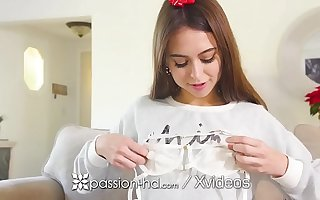 PASSION-HD Christmas fuck coupled with facial after Riley Reid opens sex gift
