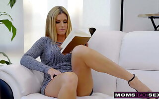 Cheating Wife India Summer Plays With Stepson's Cock! S7:E10