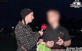 Deutsches Straßencasting - Fremde Männer nach sex gefragt