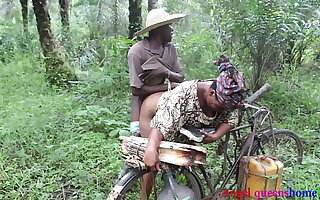 Some where in Africa ,the Yoruba quarters wife BBW malodorous fucking by a difficulty village palm wine tapper on her way to market, he convince her because be advantageous to his palm wine with the addition of fucked her rough on a difficulty directing side. ( part 1)FULL Film over ON ️XVIDEO Peppery  (Patricia 9ja)